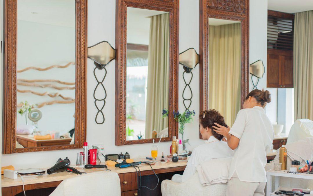Jak zapewnić pełną ochronę ubezpieczeniową właścicielowi salonu fryzjerskiego lub kosmetycznego?